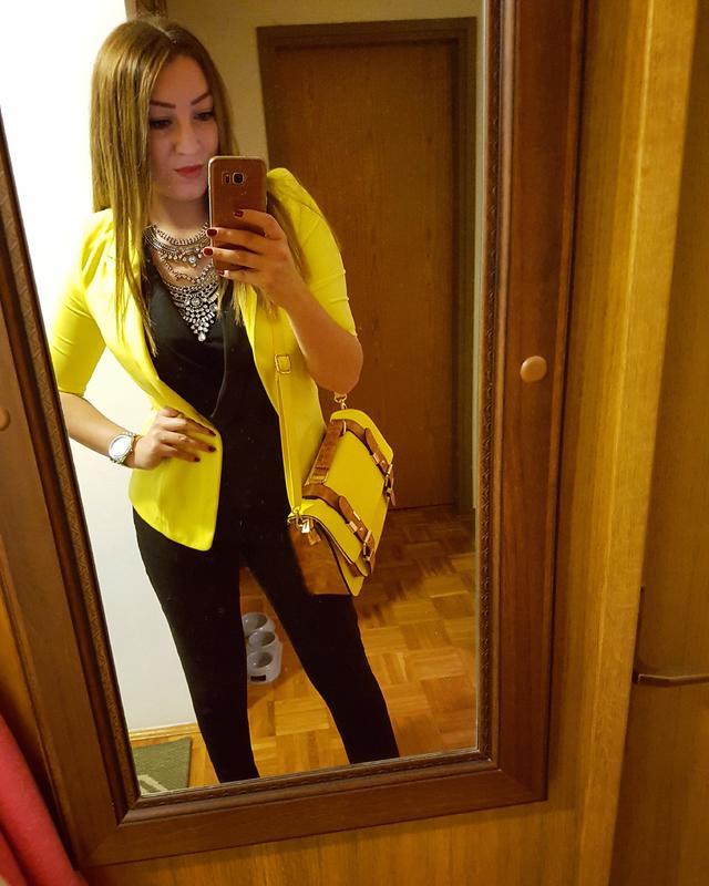 Black and yellow #black #yellow #fashion