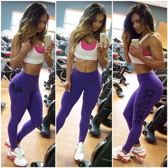 Hot fitness model - Sample 24