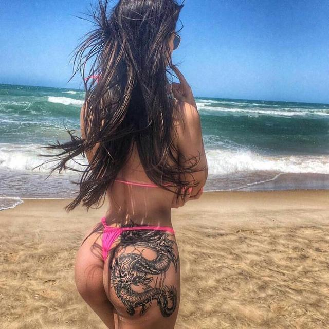 Sexy Tattooed Babe
