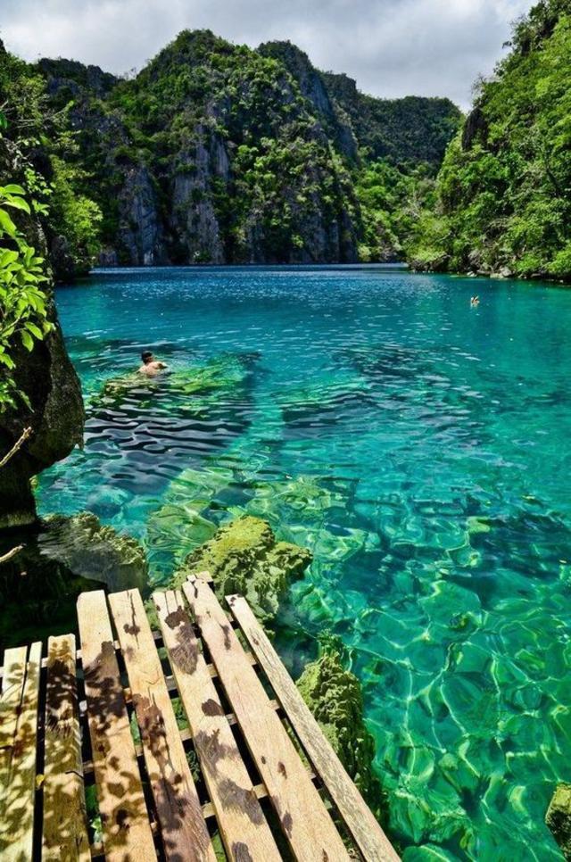 Kayangan Lake in Coron Island, Palawan , The Philippines