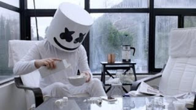 Marshmello - Keep it Mello ft. Omar LinX