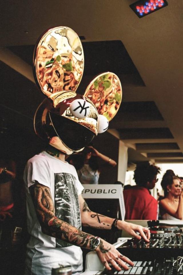 lets party - Deadmau5