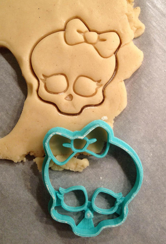 Monster High Logo Cookie Cutter