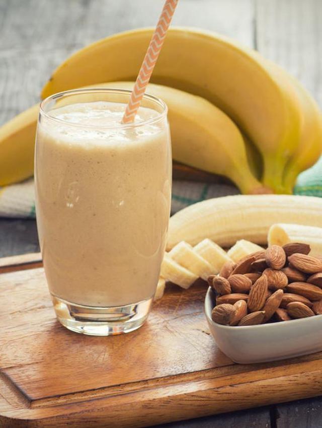 Banana & Almonds Smoothie